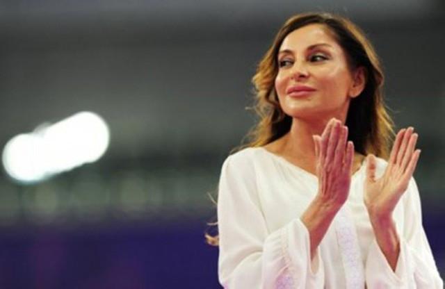 """Mehriban Əliyeva """"İlin idman təşkilatçısı"""" elan edildi - Siyahı"""