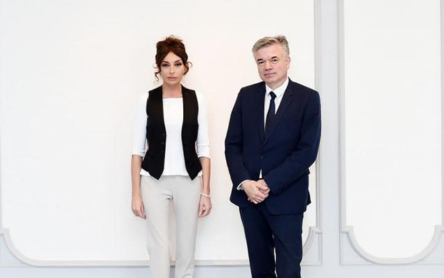 Mehriban Əliyeva fransalı senatorla görüşüb