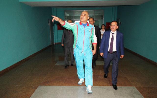 Dünya və olimpiya çempionları bu dəfə icra başçısıyla görüşdü - Fotolar