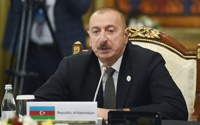 """""""Bütün dost ölkələri Bakı-Tbilisi-Qars dəmir yolundan istifadə etməyə çağırıram"""""""