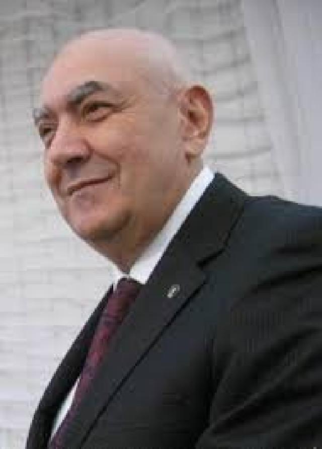 İsmayıllı icra başçısının iş adamına qarşı ŞOK fırıldağı - VİDEO MÜRACİƏT