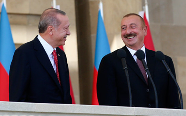 """Əliyev Ərdoğanla türkcə danışdı - Jurnalistlər """"şaşırdı"""""""