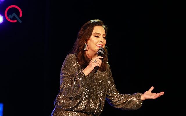 Ebru Gündeş Bakıda konsert verdi - Fotolar