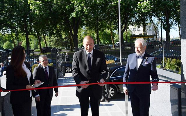 Prezident Belçikadakı səfirliyin yeni binasının açılışında - Fotolar